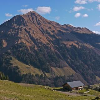 Blick zur Üntschenspitze vom Vorsäß Schalzbach