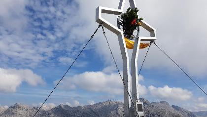 Die Rumer Spitze ( 2.454 m)