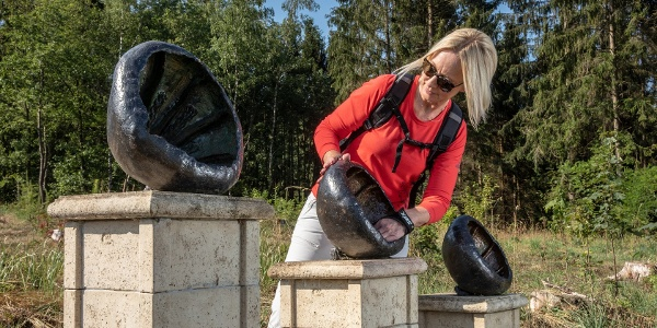 Skulptur am Ansichten-Aussichten in Neunkirchen