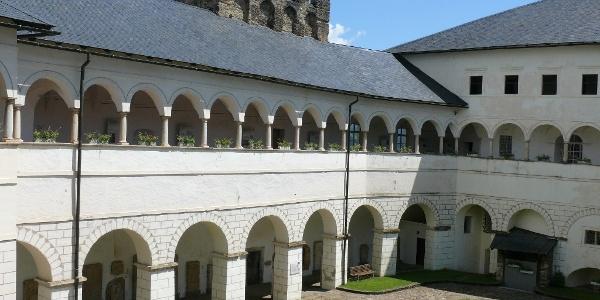 Innenhof Schloss Straßburg