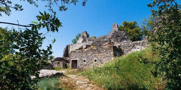 Tátika Castle