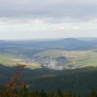 Blick vom Fichtelberg in Richtung Neudorf