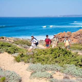 Wandergruppe an der Algarve