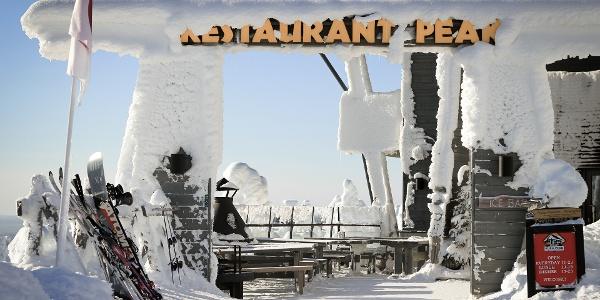 Restaurant Peak is located right next to Juhannuskallio Cliffs in Ruka Ski Resort