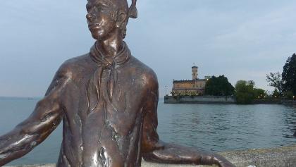"""Skulptur """"Dammglonker"""" (ehem. Hafenarbeiter in Langenargen)"""