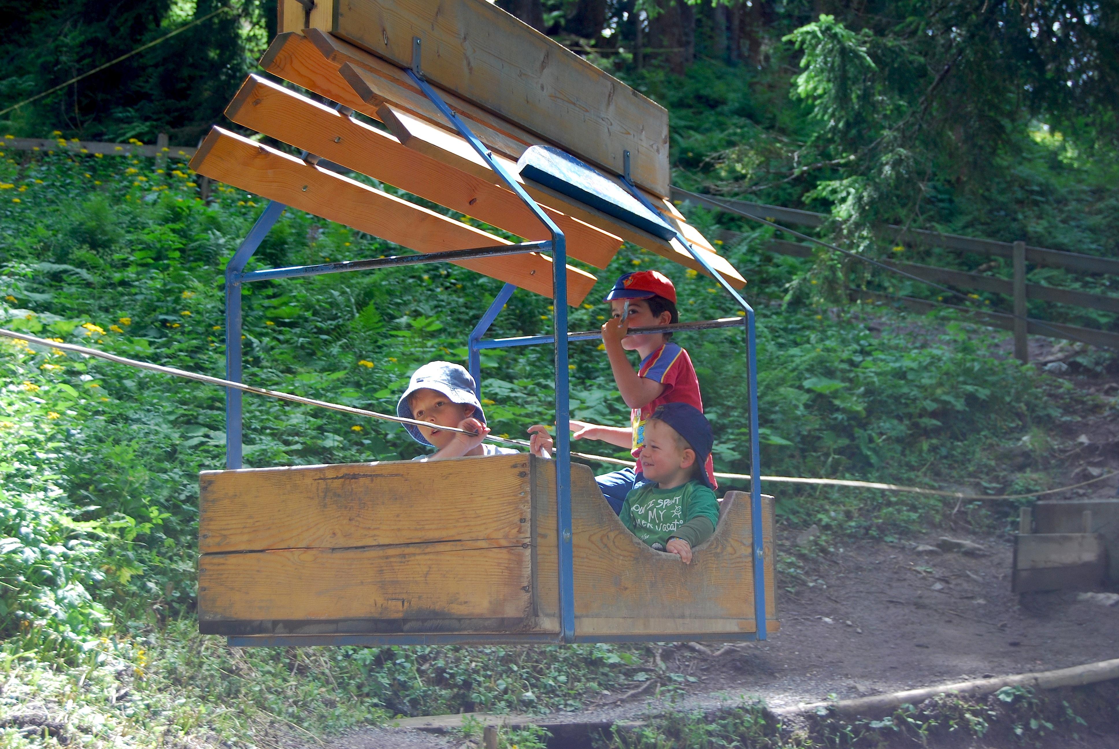 Kinderseilbahn im Bannwald.