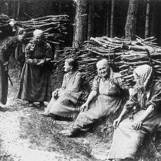 Kulturfrauen bei einer Pause