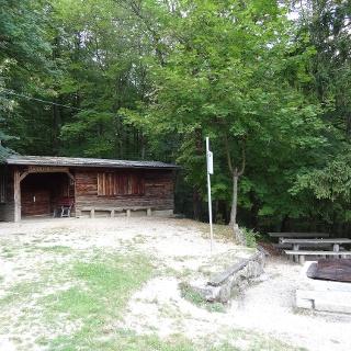 Skihütte und Grillstelle Beuren