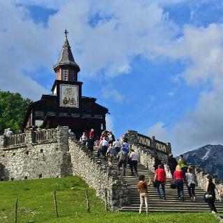 Die Heiliggeist-Gedenkkirche Javorca, Denkmal des Erbes Europas