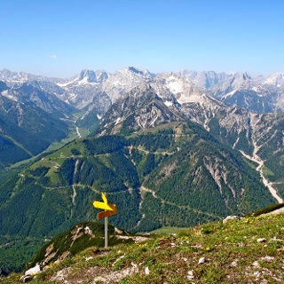 Blick aufs Karwendelgebirge vom Seeberg aus