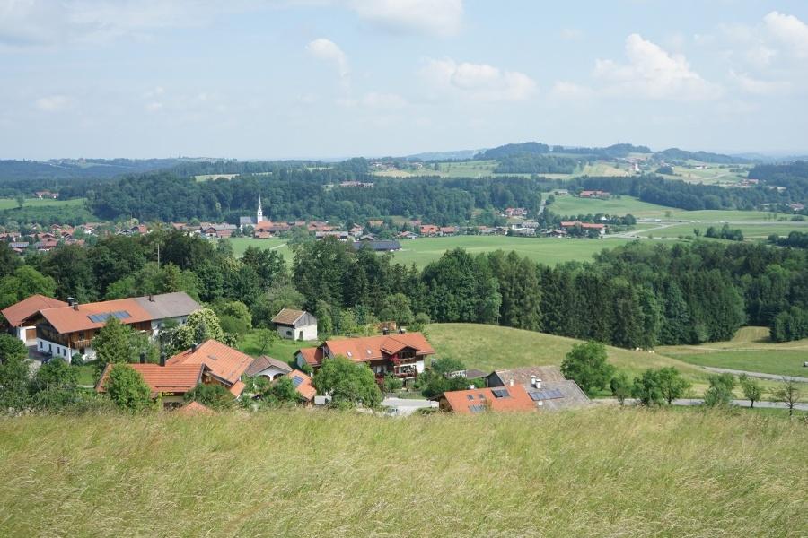 Blick auf Frasdorf hinunter