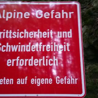 Warnung vor dem Eibgrat