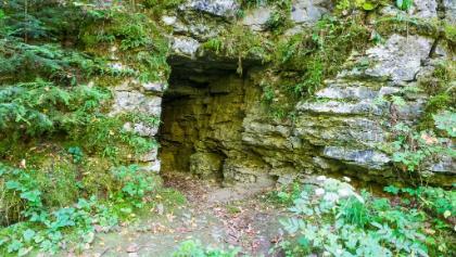 Knaussche Höhle