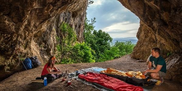 A Legény-barlang tágas ürege bivakolásra is alkalmas