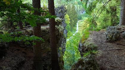 Jägersteig Weg II mit Blick ins Klumpertal