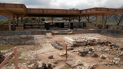 ארמון המלך המשוחזר מן התקופה הכנענית בתל חצור