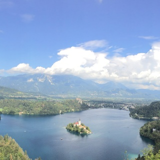 אגם בלד מנקודת התצפית העליונה