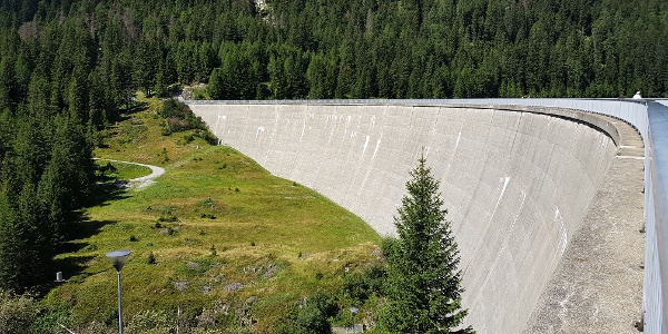 Staudamm San Bernardino