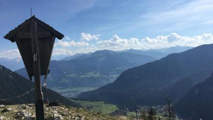 Rotspitz Gipfelkreuz, an dem man sehr bequem auf dem Weg rüber zur Rofanseilbahn vorbei kommt ^^