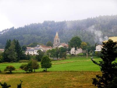 auf der anderen Talseite: Araules