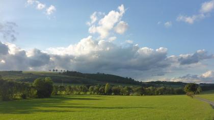 Blick von Herhausen über das Tal Richtung Nichtinghausen