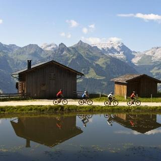 Fahrradtour mit E-Bikes