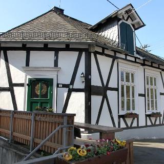 Die Alte Kapellenschule in Oberschelden