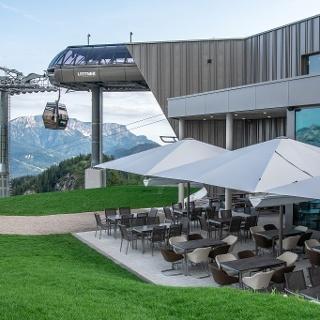 Mittelstation Jennerbahn mit Restaurant Halbzeit