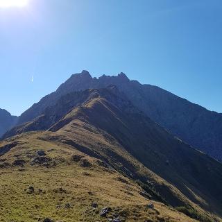 Gipfel mit Blick auf die Gartenspitze