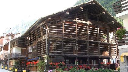 Ein typsiches Walser-Haus in Alagna Valsesia