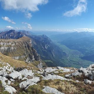 Gipfelblick ... was für eine Bergarena