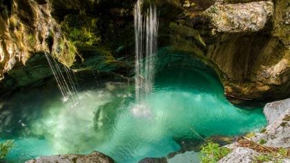 Klettersteig Soca Quelle : Soča quelle u outdooractive