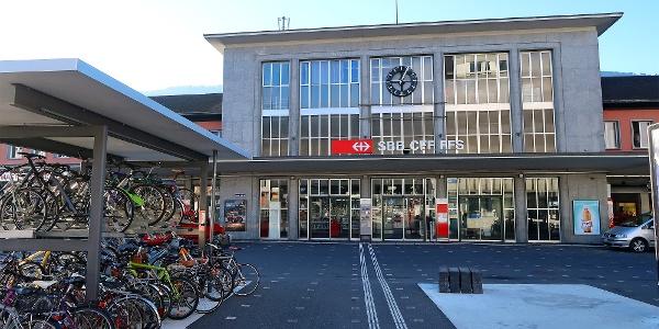 Bahnhof Sion.