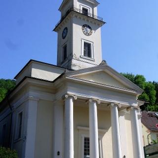Rinnthal: klassizistischer Kirchenbau, bekannt und berühmt