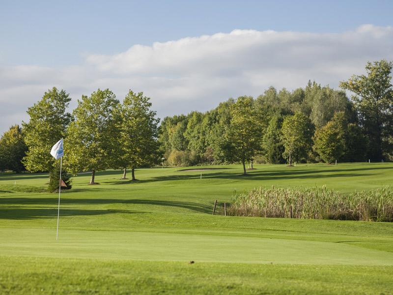 Golfplatz   - © Quelle: Agentur arcos