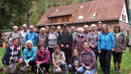 Die hochmotivierte Wandergruppe am PWV Starkenbrunnen