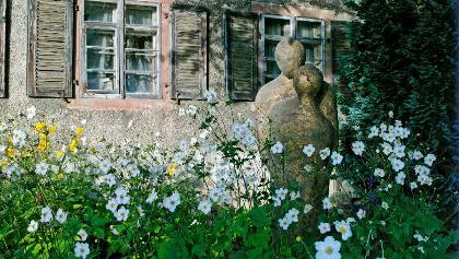 Kunstobjekte im Freilichtmuseum ART-Dorf Ötlingen