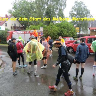 Kurz vor dem Start bei regnerischen Wetter in Behringen