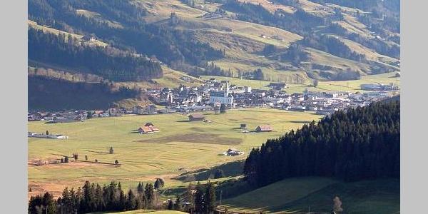 Das Dorf Rothenthurm