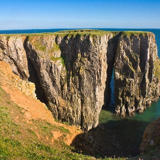 Die Steinformation Stackpole Head an der Küste