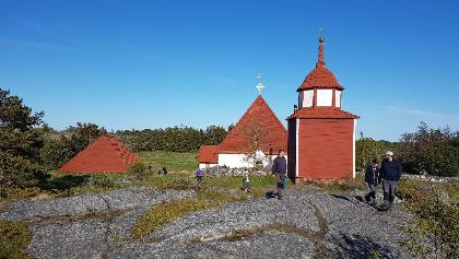 Kökar church in Hamnö on the site of a Franciscan monastery from 1472