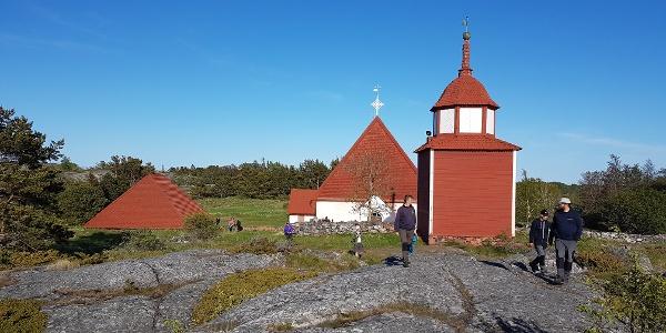 Kökar church in Hamnö on the site of a Franciscan monastery from 1472