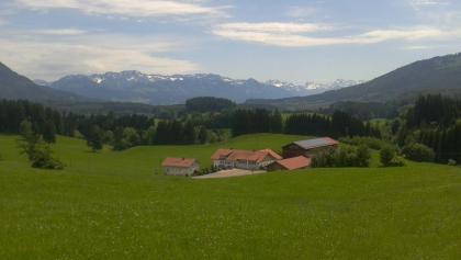 Hügellandschaft bei Adelharz.