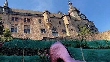 Marburger Schloss mit Grimm-Dich-Pfad