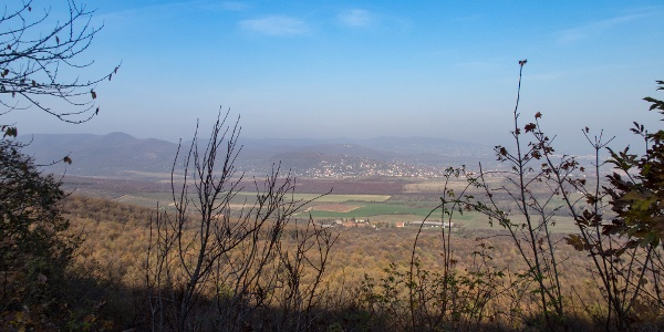 Kilátás a Nagy-Kevély keleti feléről