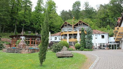 Schlosshotel Außenansicht_Bemme_deskline