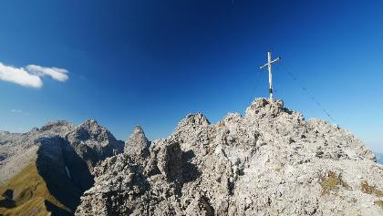 Gipfelkreuz des Kratzers