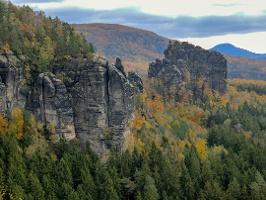 Foto Blick von der Breite-Kluft-Aussicht auf den Rauschenstein