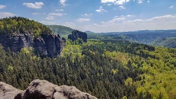 Foto Blick von der Breite-Kluft-Aussicht am Schrammsteinweg