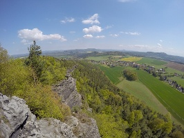 Foto Blick vom Papststein in Richtung Papstdorf